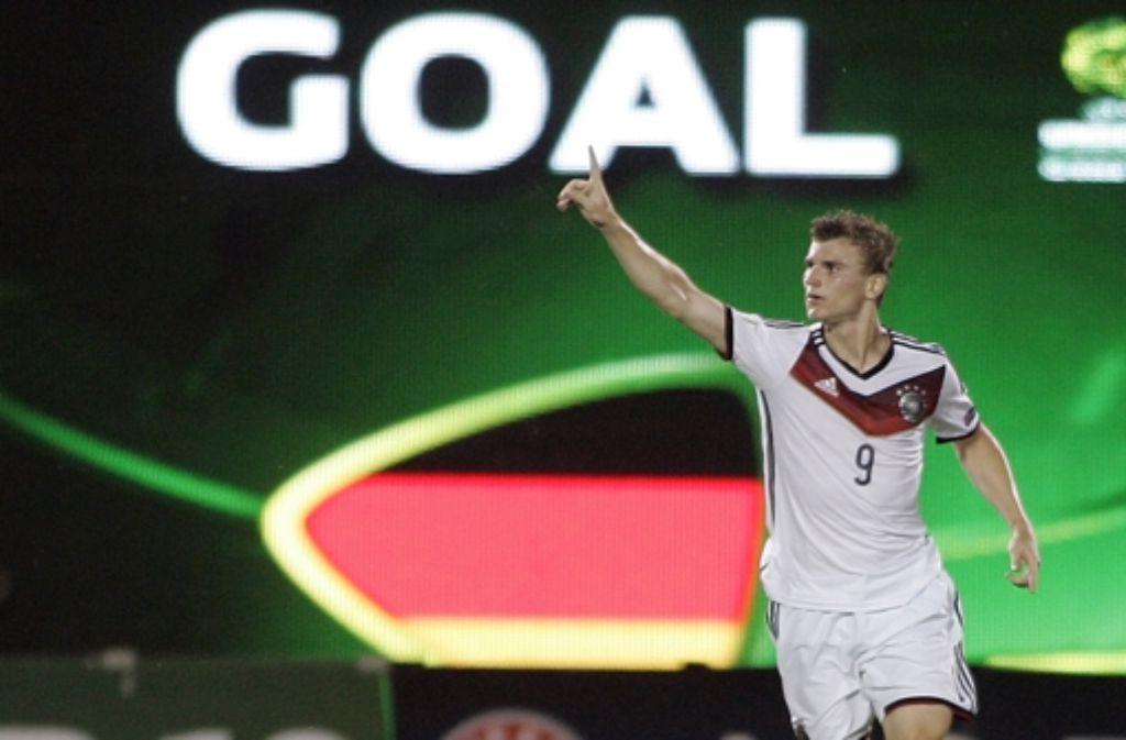 Timo Werner vom VfB Stuttgart trifft zum 2:2-Endstand bei der U19-EM zwischen Deutschland und Russland.  Foto: Bongarts