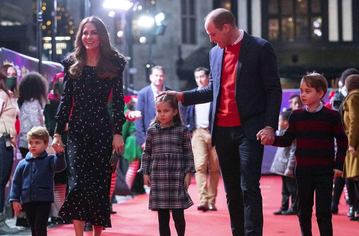 Die Kinder von Prinz William und Herzogin Kate - George, Charlotte und Louis  - werden nicht an der Trauerfeier teilnehmen. (Archivbild) Foto: dpa/Aaron Chown