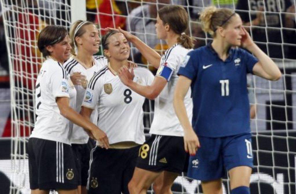 Die DFB-Frauen überzeugten mit einer geschlossenen Mannschaftsleistung.  Foto: dapd