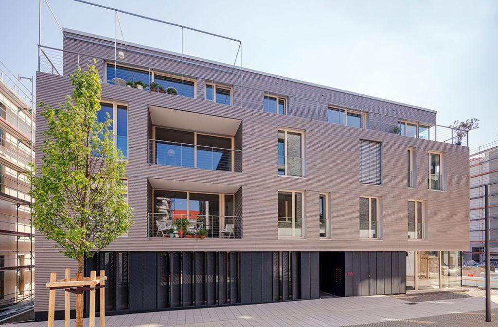 Das Holzhaus Max Acht auf dem Stuttgarter Olga-Areal hat in der Kategorie Wohnungsbau gesiegt. Foto: Juergen Pollak, Neue Weinsteige /Juergen Pollak