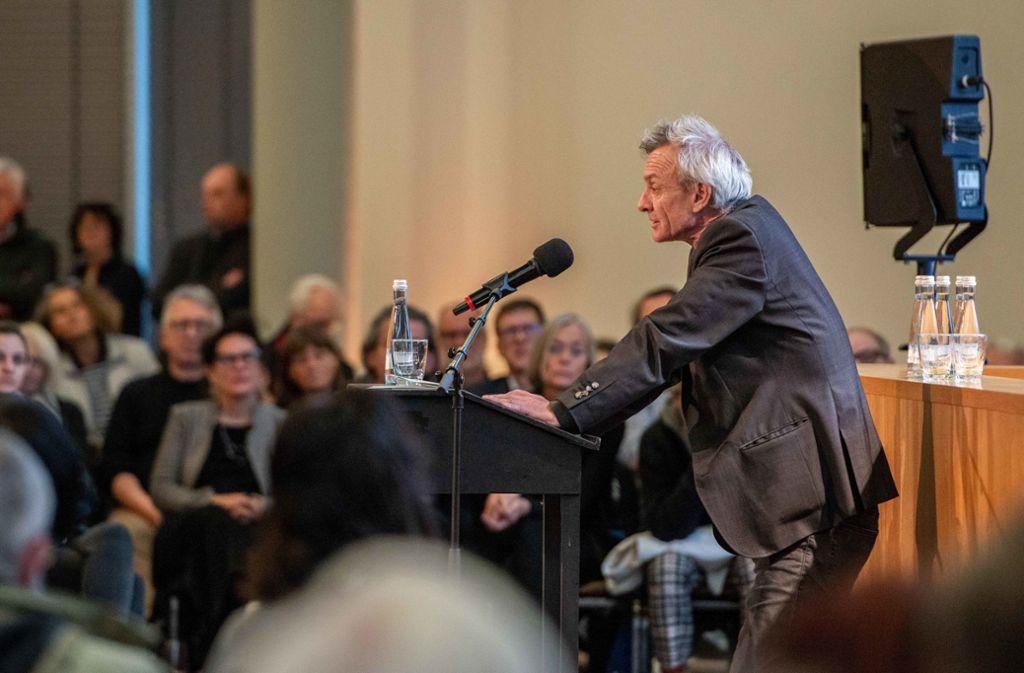 In Sachen IBA pausenlos unterwegs: Intendant Andreas Hofer Foto: Lichtgut/Jens Volle