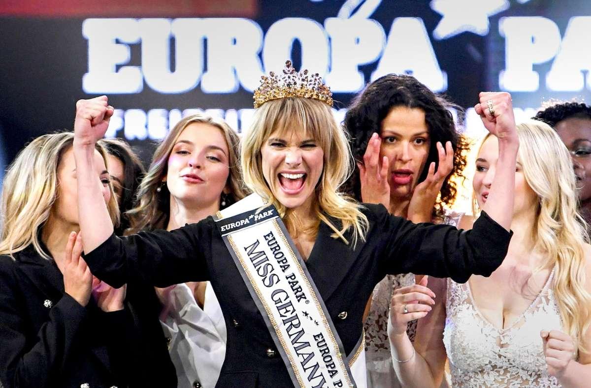Am Samstag (27. Februar) muss die derzeitige Miss Germany, Leonie von Hase, ihren Titel weiterreichen. (Archivbild) Foto: dpa/Patrick Seeger