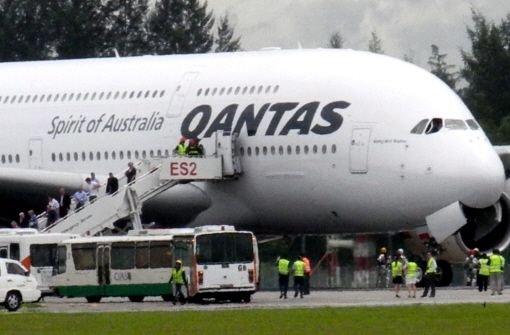 Qantas stellt Flugbetrieb ein