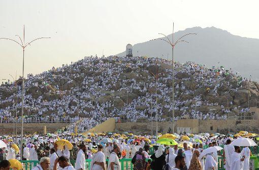 Zwei Millionen Muslime pilgern zum Berg Arafat