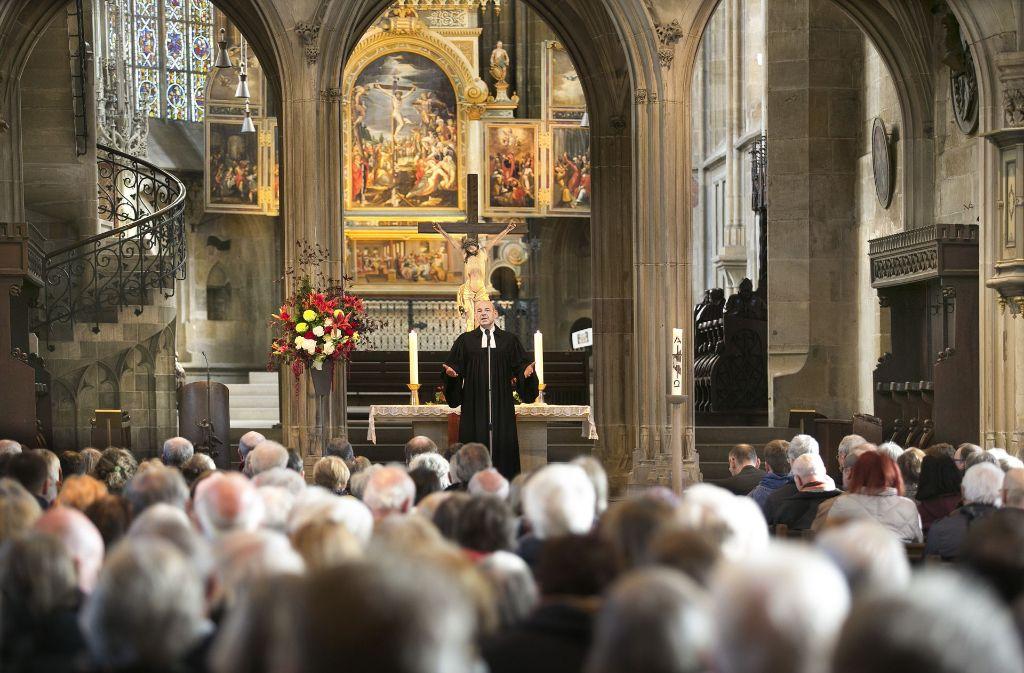 Dekan Bernd Weißenborn hielt die Predigt in der Esslinger Stadtkirche. Foto: Horst Rudel