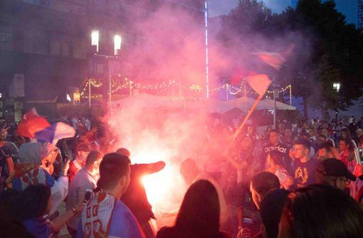Nach der Niederlage eskaliert die Lage in der Stuttgarter Innenstadt