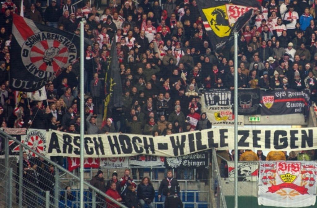 Viele VfB-Fans bleiben auf ihren Kosten für die geplante Reise nach Rom sitzen. Foto: dpa