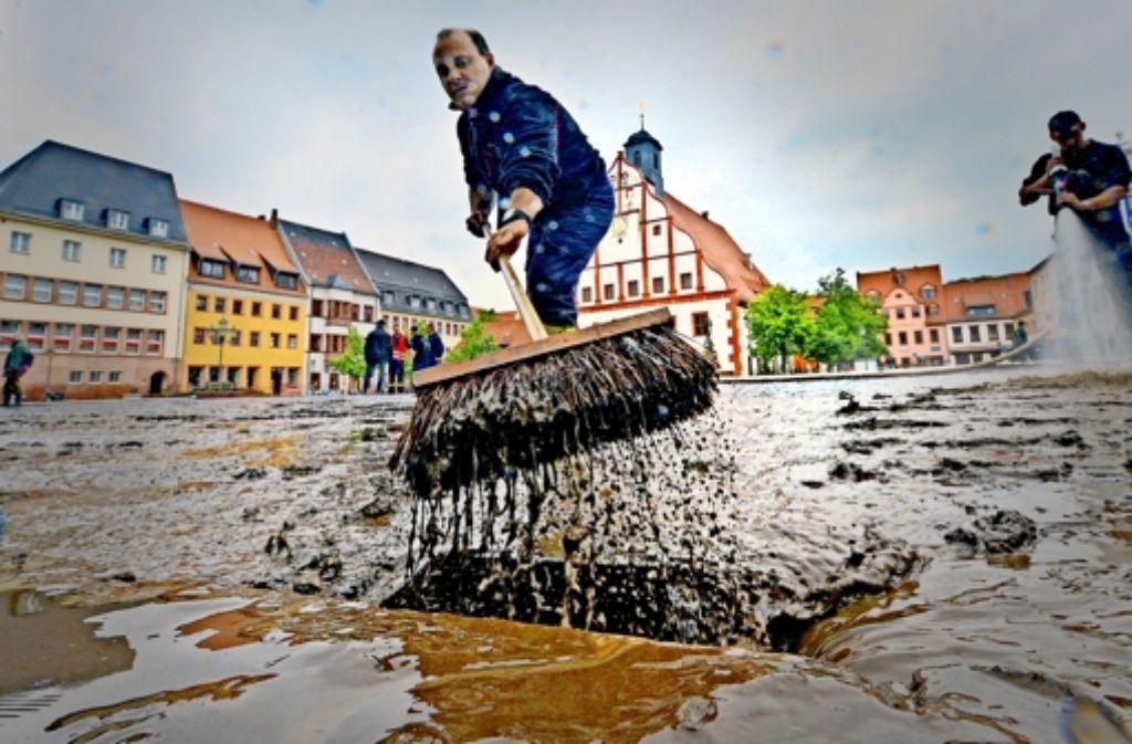 Künftig sollen nicht mehr Schäden beseitigt,  sondern Fluten verhindert werden. Foto: dpa
