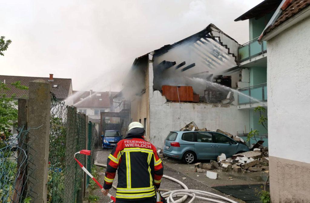 Ein Mann ist bei der Explosion in einem Haus in Wiesloch schwer verletzt worden. Foto: 7aktuell.de/ 7aktuell