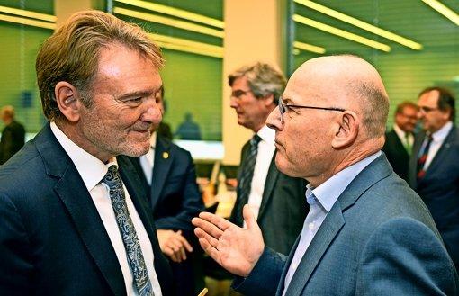Verblüfft vom Vergleich: Verkehrsminister Winfried Hermann Foto: dpa