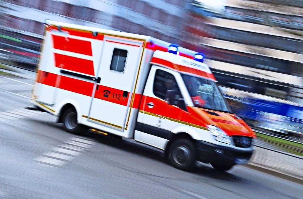 Die Hilfsfristen der Rettungsdienste werden laut einem Erfassungsbericht für Hemmingen eingehalten. Aber die Räte fordern den Vergleich zu den Vorjahren. Foto: dpa