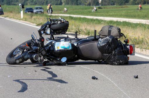 Unfall mit fünf Motorradfahrerinnen - Polizei ermittelt Ursache