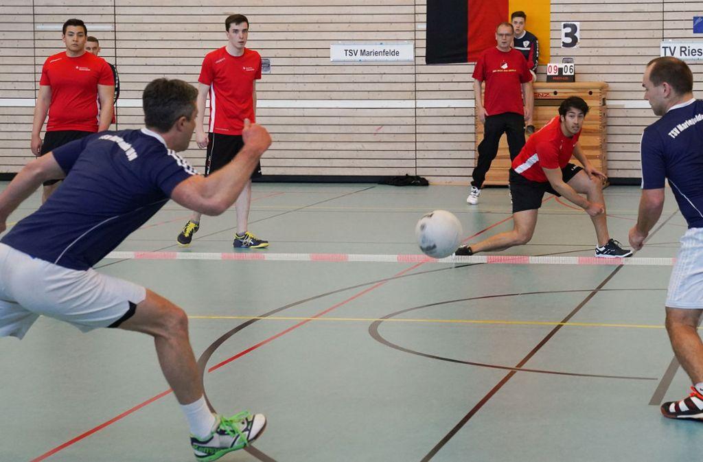 Noch bis Sonntag finden die deutschen Meisterschaften der Prellball-Bundesliga in Waiblingen statt. Foto: Edgar Layher