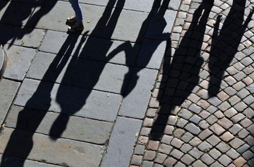 Behörden überwiesen über 400 Millionen Euro ins Ausland