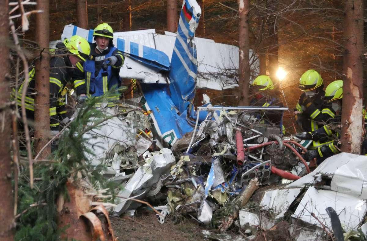 Die verunglückte Maschine gehörte laut Polizei zu einem Luftsportverein. Foto: dpa/Kay-Helge Hercher