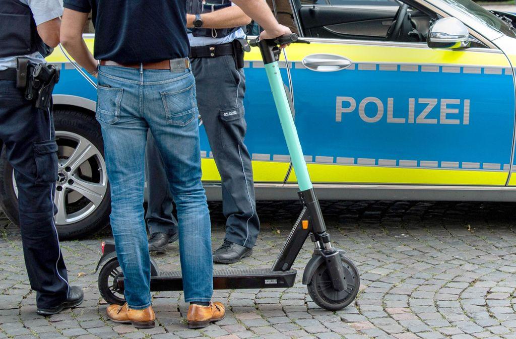Das Thema E-Scooter beschäftigt die Polizei nun immer öfter. Foto: dpa