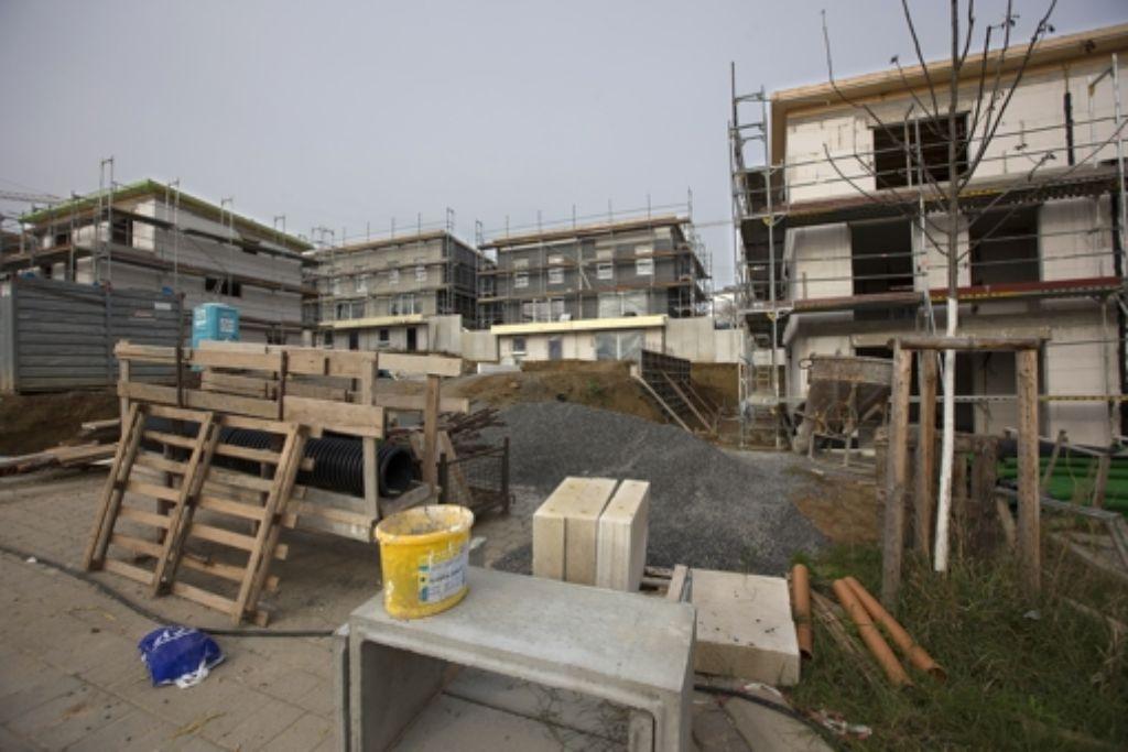 In der Realität bauen wir  Dörfer und Städte zu ungemütlichen Orten um. Im Regionalkrimi basteln wir uns dann eine neue  Heimat zurecht. Foto: Michael Steinert