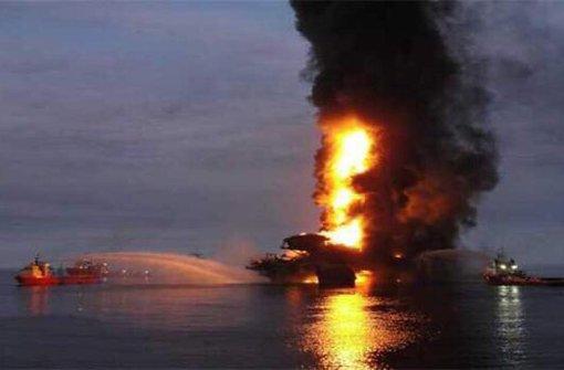 Vier Tote bei Explosion auf Ölplattform