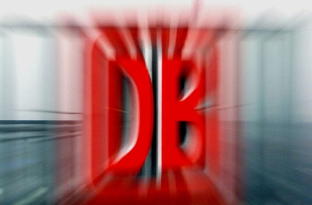 Rund eine Milliarde Euro zahlt das Land zu viel an die Deutsche Bahn. Foto: AP
