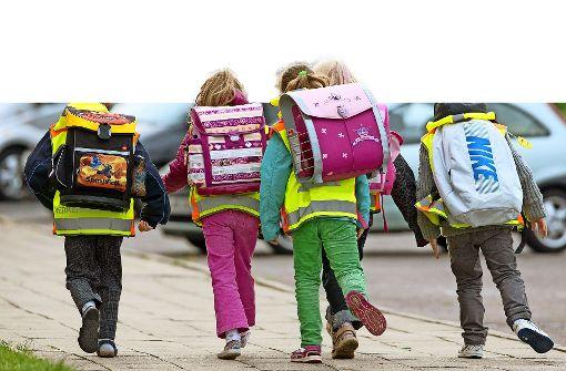 Eltern beklagen zu langen Schulweg für Erstklässler