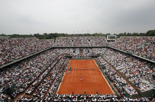 Tennis-Fans bei Grand-Slam-Turnier in Paris zugelassen
