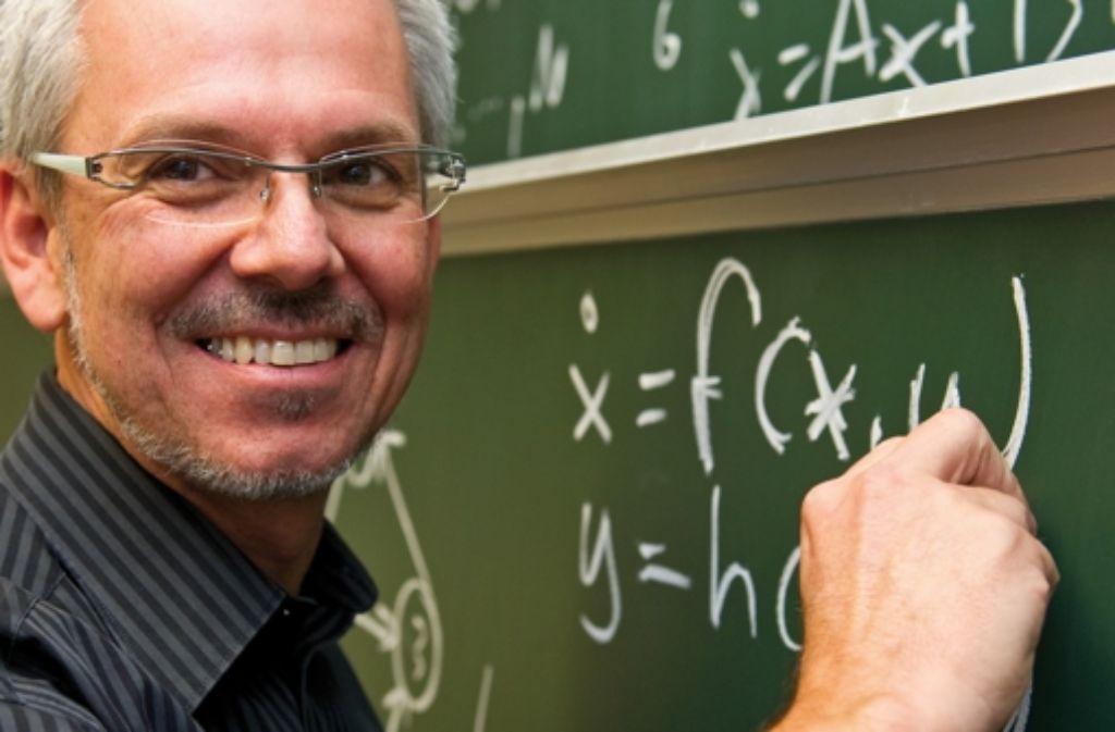 Allgöwers Gleichungen erklären, was unter Umständen passiert. Foto: Reiner Pfisterer