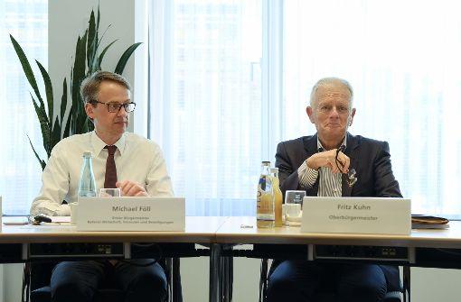 Warum Finanzbürgermeister Föll bald nicht mehr im Geld schwimmt
