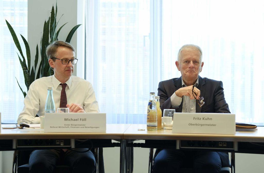 Michael Föll (links) guckt verdrießlich, sein OB ist freundlich gesinnt. Foto: Lichtgut/Leif Piechowski