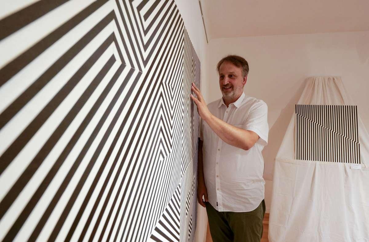 Lars Hauschilds Leidenschaft: die konkrete Kunst mit Klebeband. Foto: factum/Simon Granville