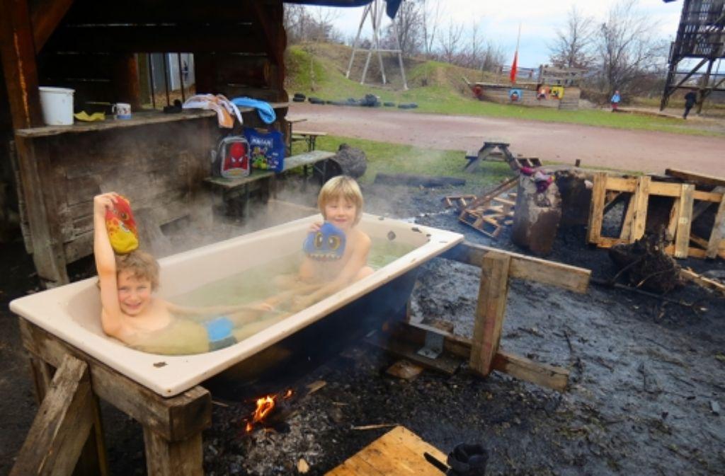Die Warmbadetage im Winter haben Tradition. Foto: Julia Barnerßoi