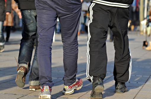 Supermarkt verteilt Sekt an Jogginghosen-Träger