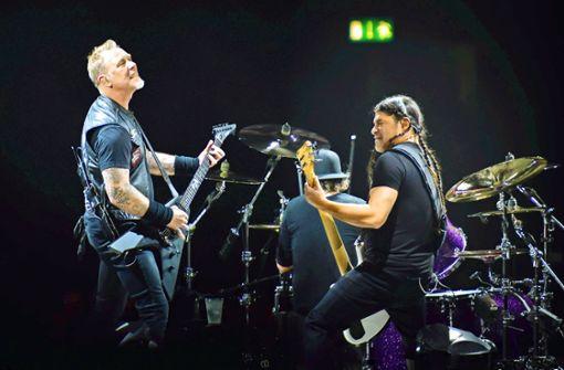 Metallica bekämpft Feuer mit Feuer