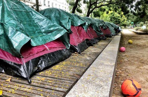 Eine Zeltstadt in Paris für junge Migranten