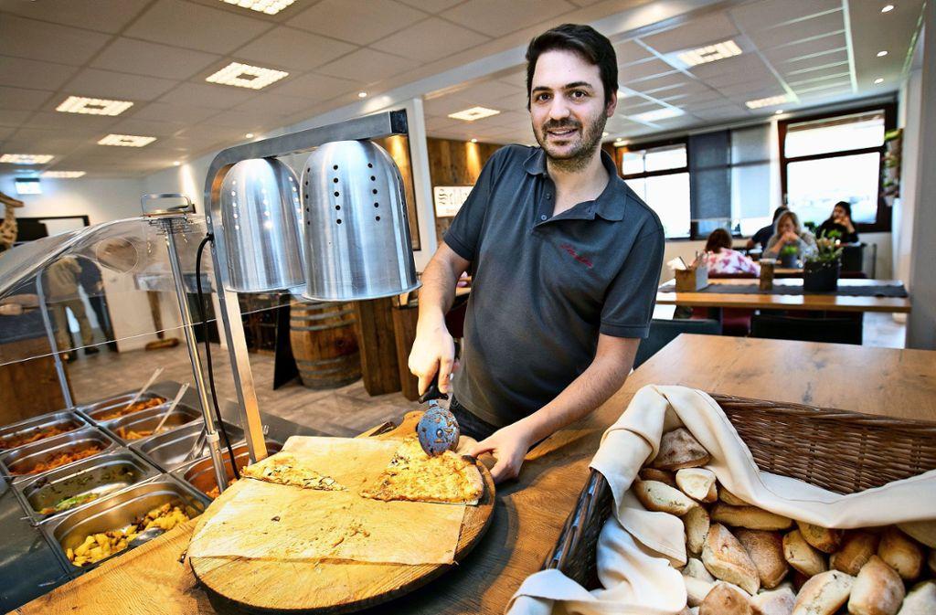 Giovanni Gallicchio setzt auf Pizza aus dem Holzofen. Foto: Horst Rudel