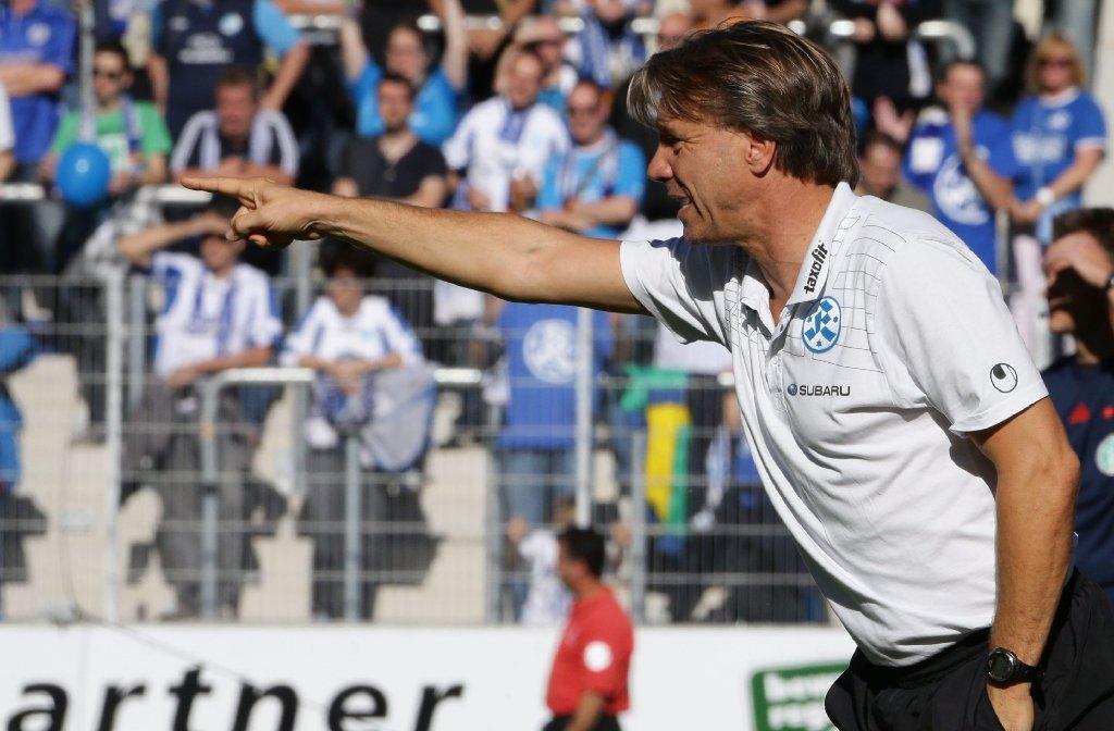 Horst Steffen spielt mit seinen Stuttgarter Kickers 2:2 gegen den SV Sandhausen.  Foto: Pressefoto Baumann