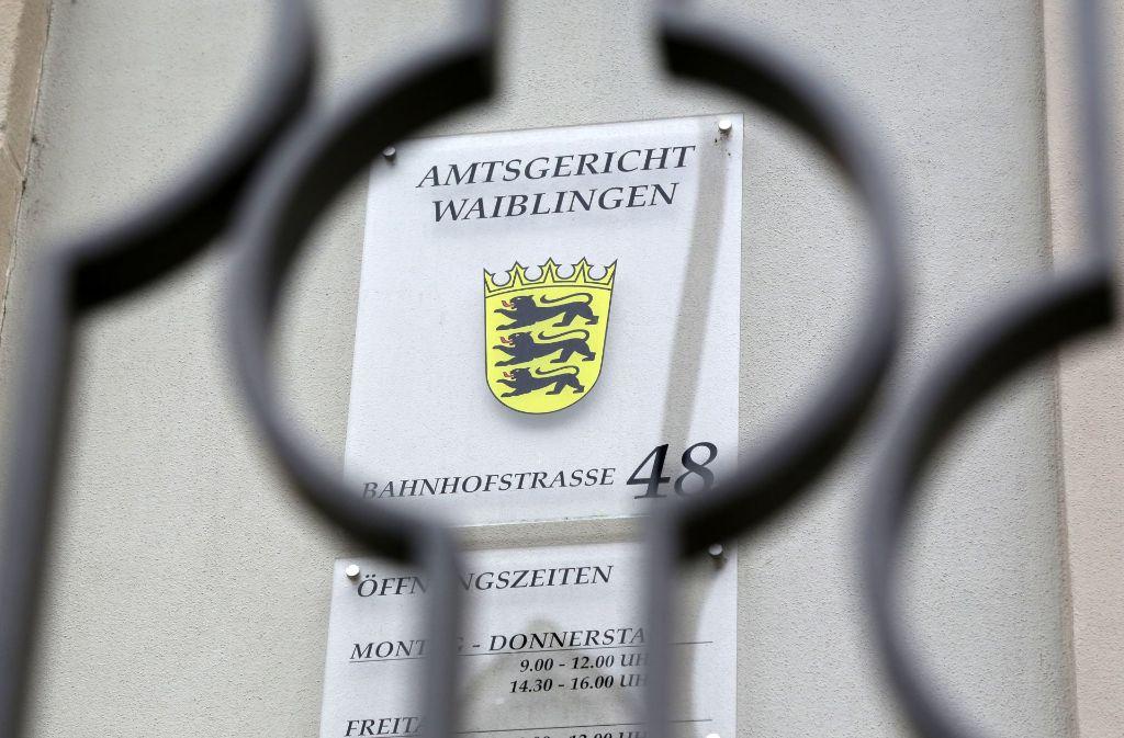 Wegen einer illegalen Selbstladepistole steht der Angeklagte vor Gericht. Foto: Patricia Sigerist