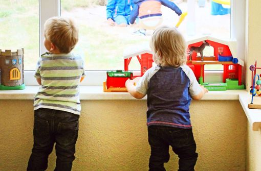 Eltern kämpfen gegen höhere  Kitagebühren