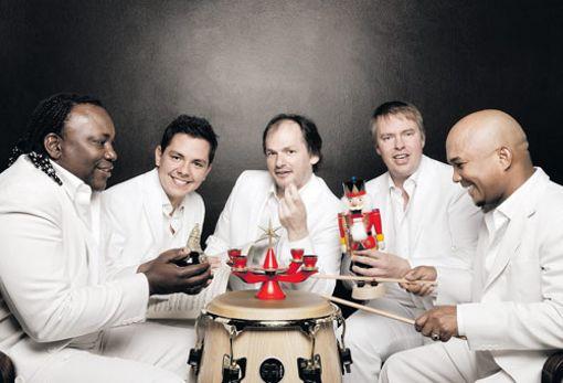 """Klazz Brothers & Cuba Percussion """"Christmas meets Cuba 2"""""""