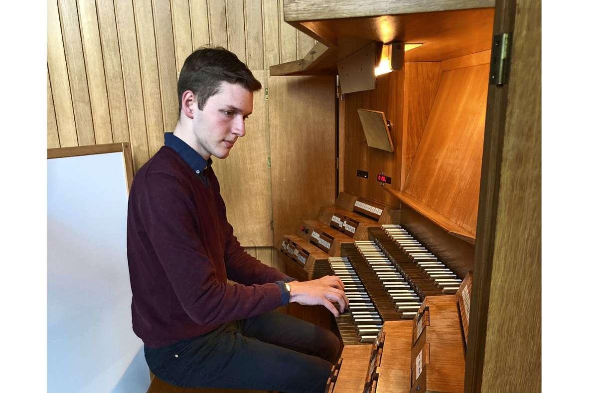 Jakob Reichmann gilt als großes Talent unter den Stuttgarter  Organisten. Foto: Martin Haar