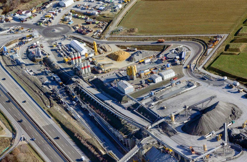 Von der Baustelle an der A8 bei Kirchheim/Teck aus werden die beiden Tunnelröhren vorangetrieben. Foto: Deutsche Bahn /Arnim Kilgus