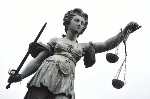 Angeklagten drohen mehrjährige Haftstrafen