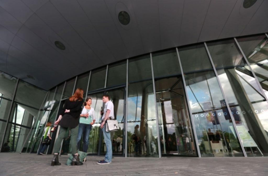 Spezialisten der Social-Media-Branche treffen sich wieder im Mercedes-Benz-Museum. Foto: Michael Steinert