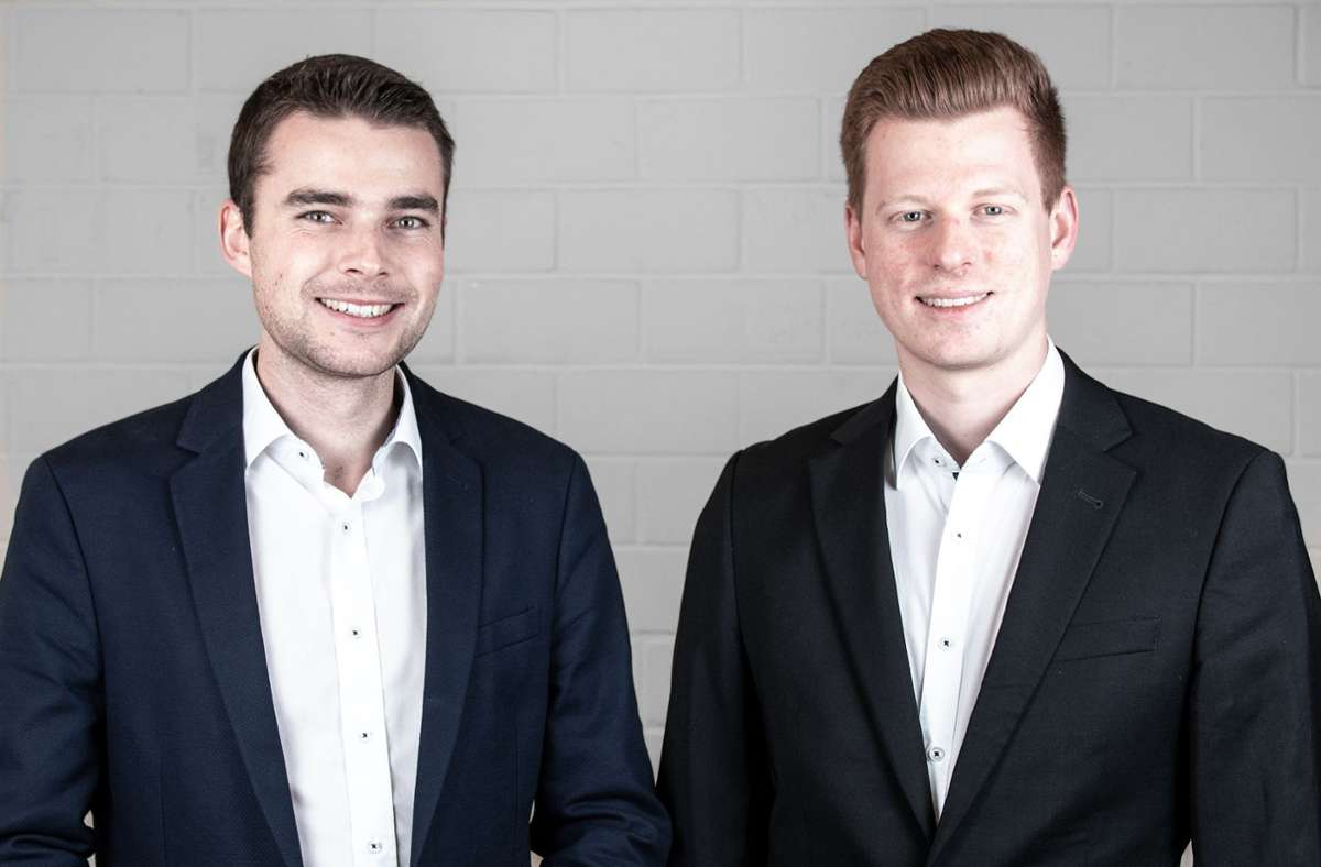 Die beiden Rezemo-Gründer Julian Reitze (links) und Stefan Zender (rechts). Foto: rezemo GmbH 2020