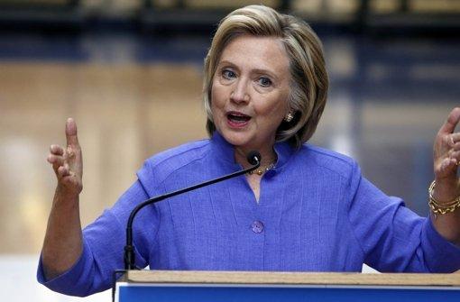 Clinton kritisiert Trump als frauenfeindlich