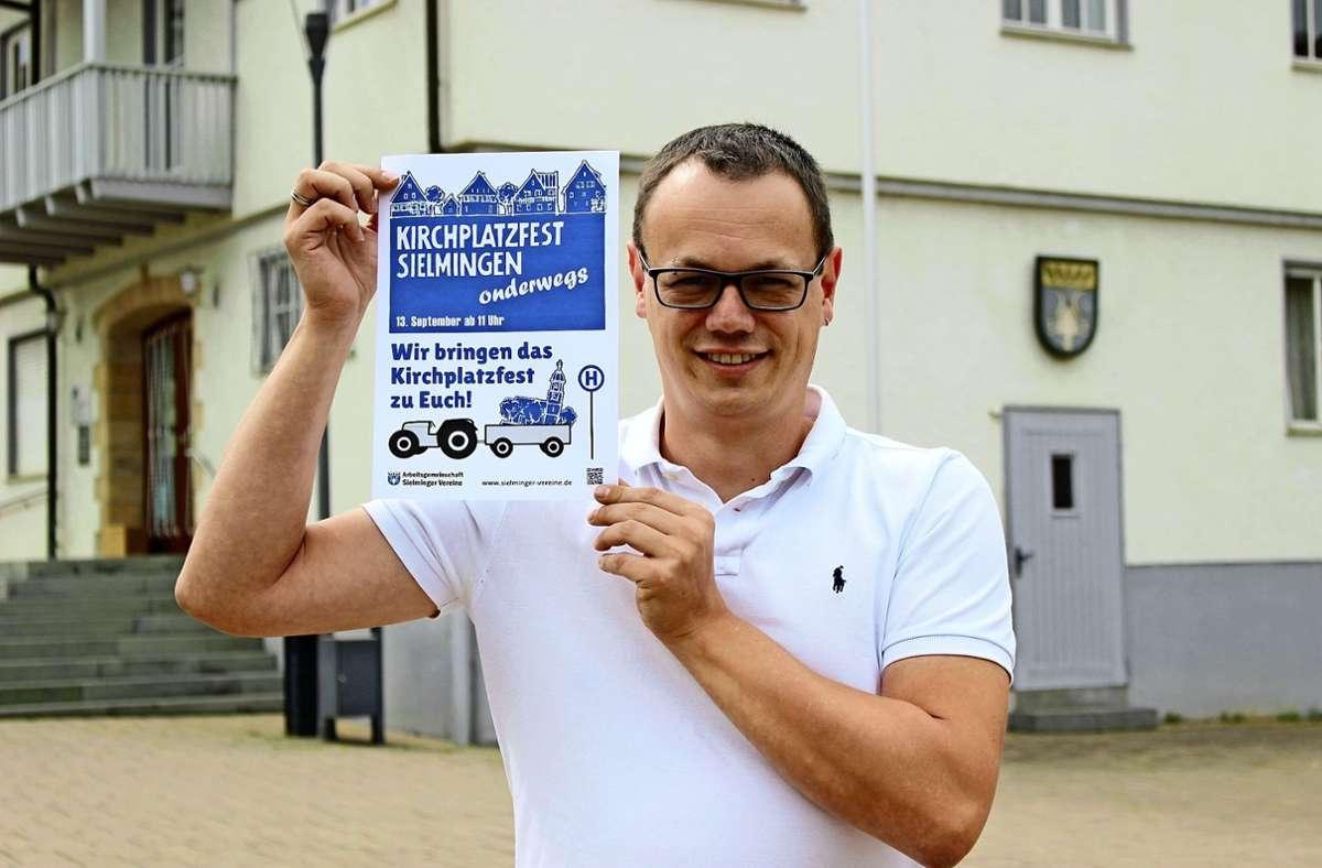 Wenn die Leute nicht zur Veranstaltung kommen können, kommt die Veranstaltung eben zu ihnen, erklärt der Arge-Vorsitzende Wolfgang Pascher. Foto: Caroline Holowiecki/i