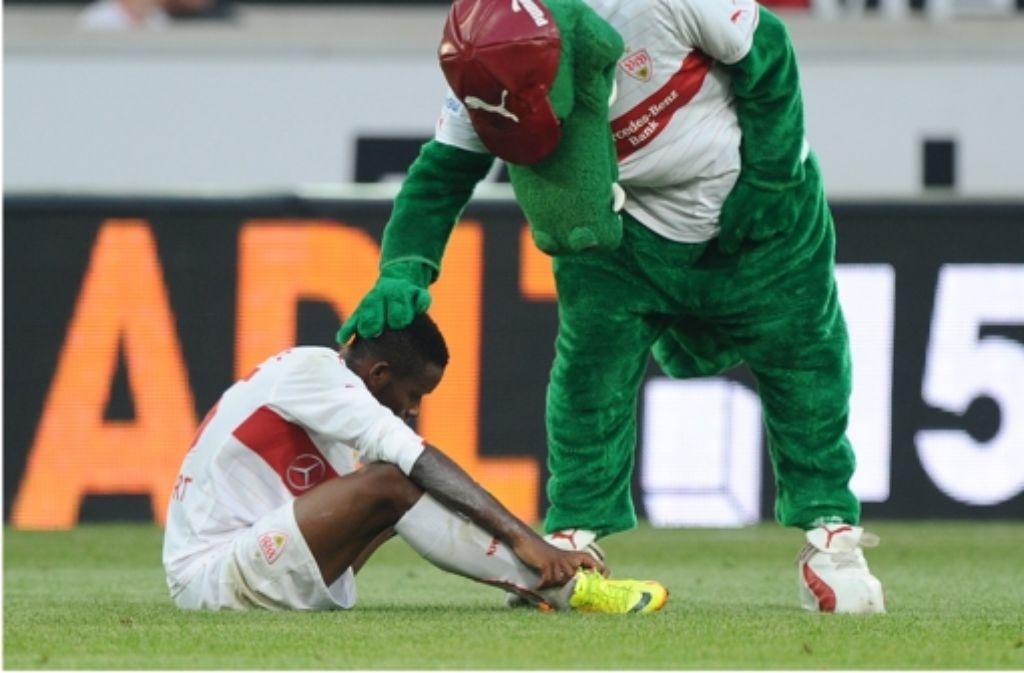 VfB-Profi Ibrahima Traoré ist nach dem Europa-Aus geknickt. Eindrücke vom Spiel gegen Rijeka sehen Sie in der folgenden Fotostrecke. Foto: dpa