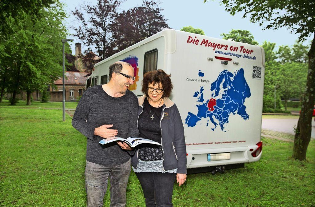 Die Vorfreude bei Tini und Uwe Mayer  ist groß. Ihr Zuhause heißt in Zukunft nicht mehr Göppingen, sondern Europa. Foto: