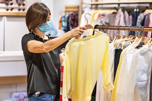 Warnstufe: Corona-Regeln im Einzelhandel