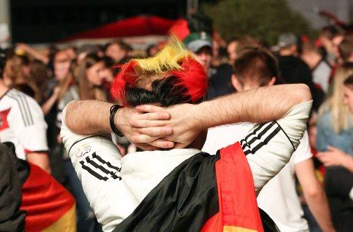 Deutschland-Fans teilen Schläge aus