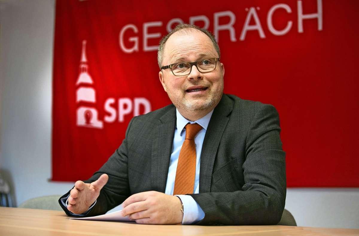 Christian Lange (SPD), zurzeit Staatssekretär im Berliner Justizministerium, hat wie fünf andere politische Kreisgrößen angekündigt,  sich im kommenden Jahr nicht mehr auf ein Mandat in Bund oder Land bewerben zu wollen. Foto: /Horst Rudel